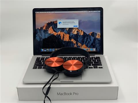 MF840 – MacBook Pro 2015 13 inch